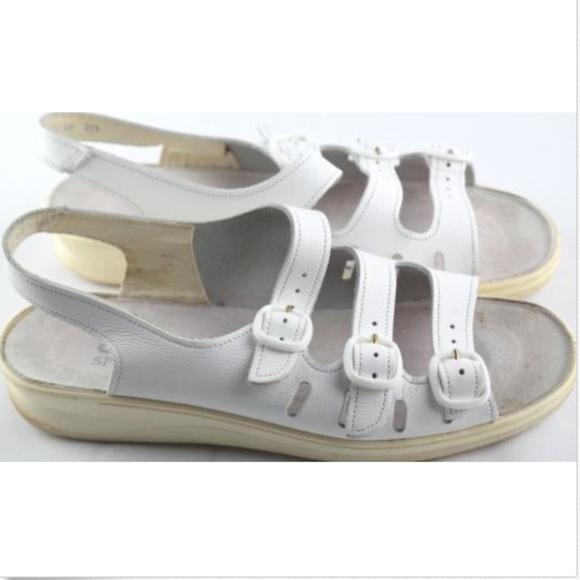 c8d7479b393 Clarks Shoes - Clarks Springers Sandals Women Sz9 White Leather
